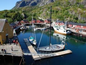 Das Hafenbecken von Nusfjord